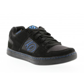 Five Ten FREERIDER, All Mountain Flat Schuh, black shock blue